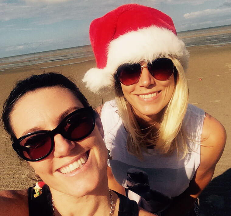 Australian Christmas celebration in Hervey Bay with my friends at the beach