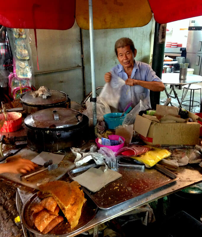 best asian food at the night markets in china town in Kuala lumpur